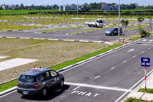 3 giai đoạn cho một khóa học lái xe b2 chuẩn