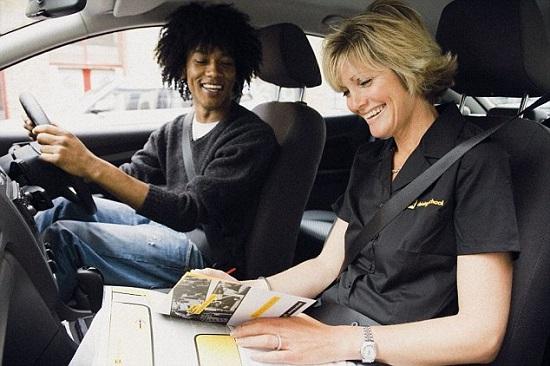 4 nguyên tắc bằng giúp học lái xe ô tô an toàn