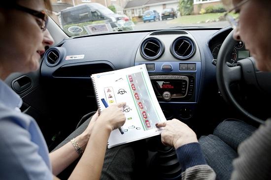 Học lái xe b2 cấp tốc - Giải pháp cho người bận rộn