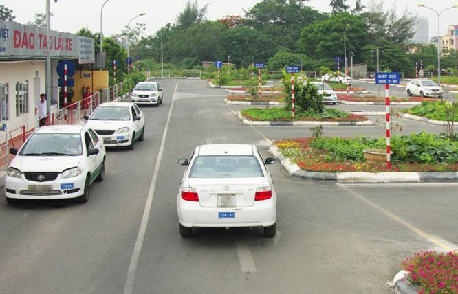 Trường dạy lái xe Lê Thị Riêng Quận 12