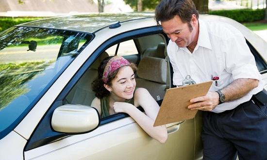 Những lưu ý khi đăng ký học lái xe ô tô tại tphcm