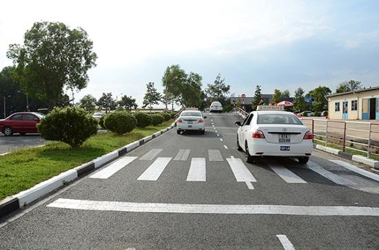 Tài liệu học bằng lái xe b1 cơ bản cho học viên mới